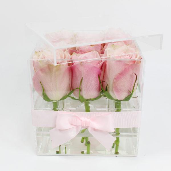 Boîte plexiglass (acrylique) pour fleurs